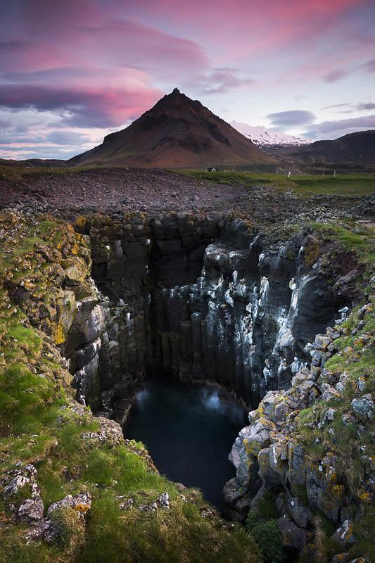 GREYO David Gouffre d'orgues basaltiques au soleil de minuit en Islande Canon EOS 5D Mark III 20 mm F16