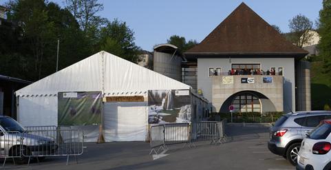 festival-2018-salle-des-fetes-et-chapiteau